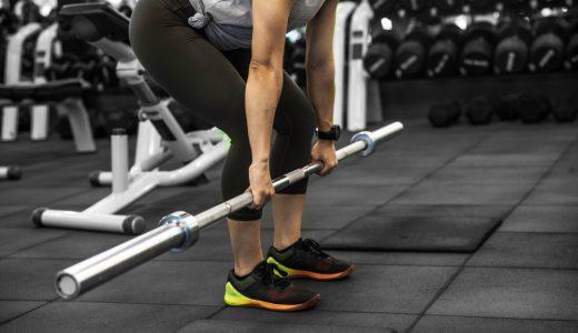 ナローベンチプレスで肩や胸の筋肉を鍛えよう!トレーニング方法やコツなどを解説