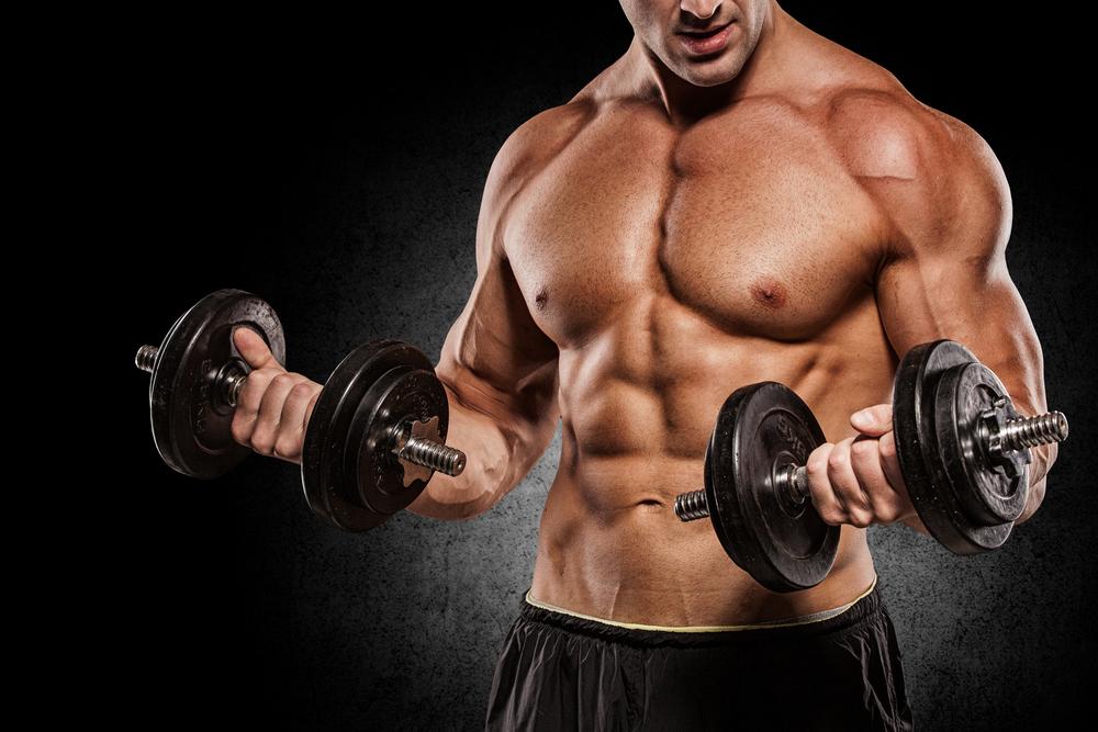 筋肉がついた男性
