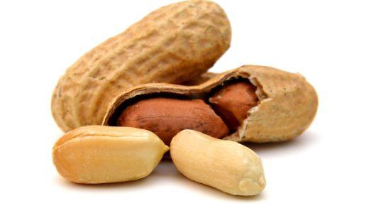 手軽に食べれるピーナッツの糖質量は?ピーナッツから得られる効果や食べる際の注意点を解説