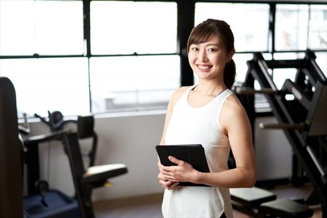 女性トレーナーの写真