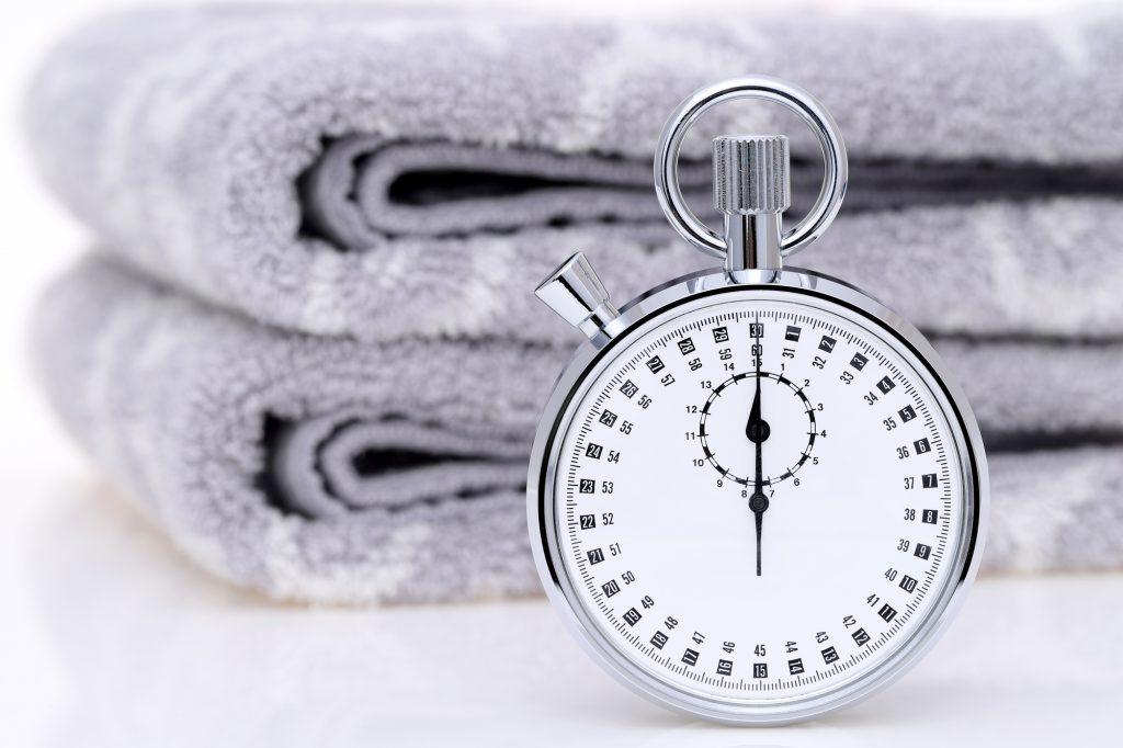 時計とタオル